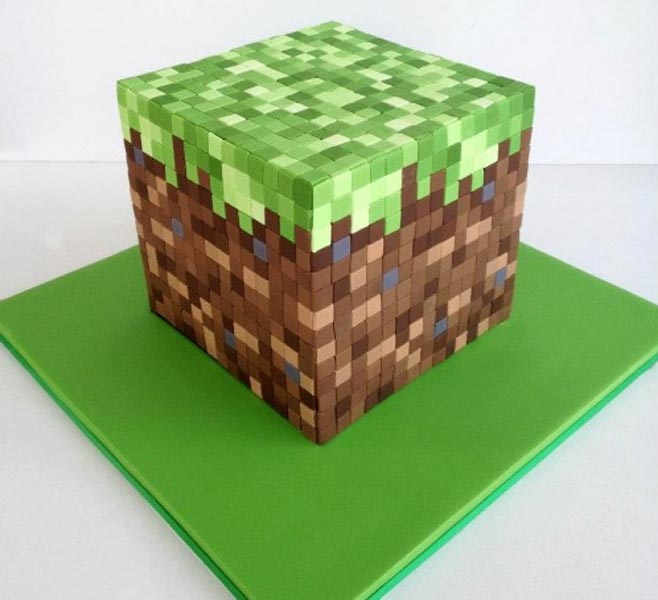 8bitminecraftcake
